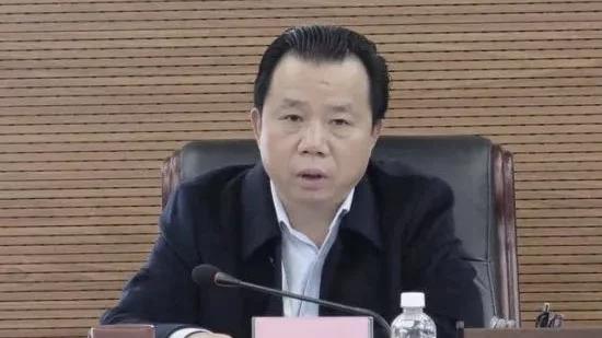海南农垦集团原董事长杨思涛贪污3亿