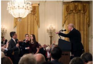 川普大骂美国媒体记者